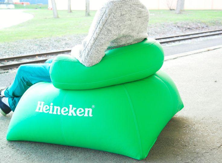 Découvrez le club chair en billes UNC Pro. Ce  meuble en billes est une innovation lancée par UNC Pro, sur le marché mondial des professionnels. La gamme de meubles en billes UNC Pro est disponible sur www.unc-pro.com. N'attendez plus !