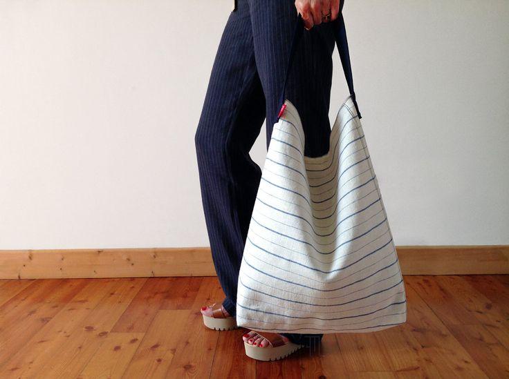 Hobo bag in vintage striped linen blend fabric bucket by FMLdesign https://www.etsy.com/listing/399547125/hobo-bag-in-vintage-striped-linen-blend