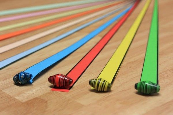 Papierperlen mit Nadelstreifeneffekt. - Handmade Kultur