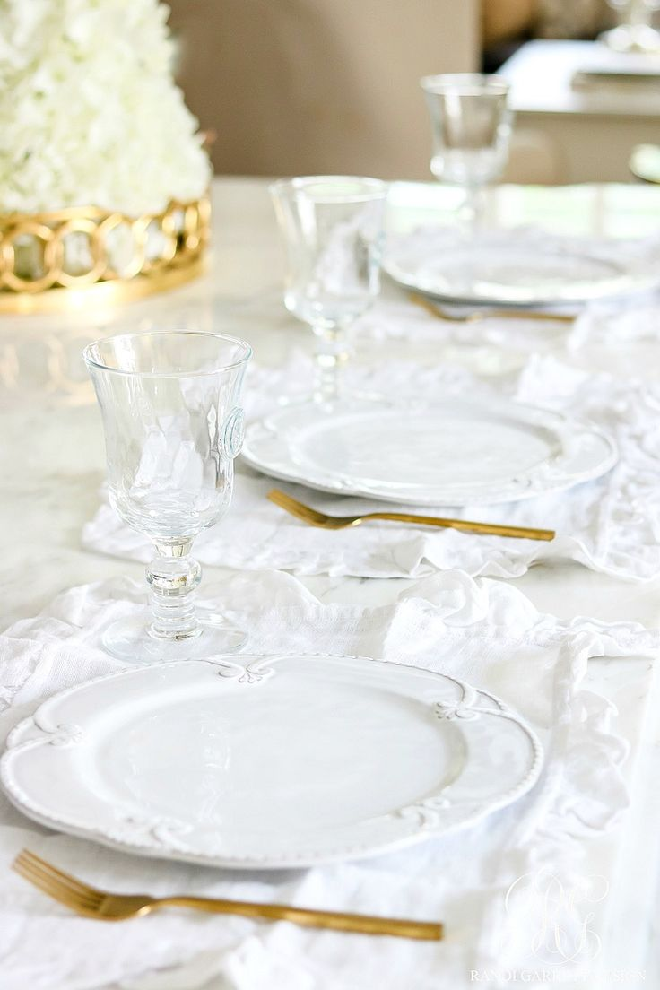 White place settings with ruffled placemats. Soothing Summer Home Tour 2017 - Neutral Transitional Home Decor
