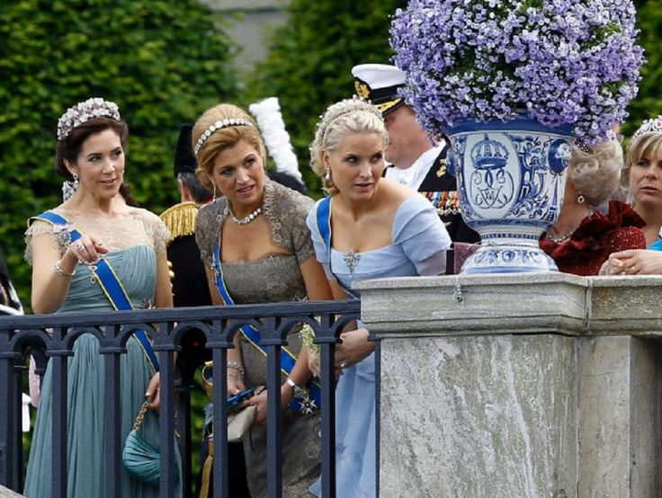 (L-R) Princess Mary of Denmark, Princess Maxima of the Netherlands and Princess Mette-Marit of Norway on the balcony of the Royal Palace  in Stockholm, Sweden, 19 June 2010