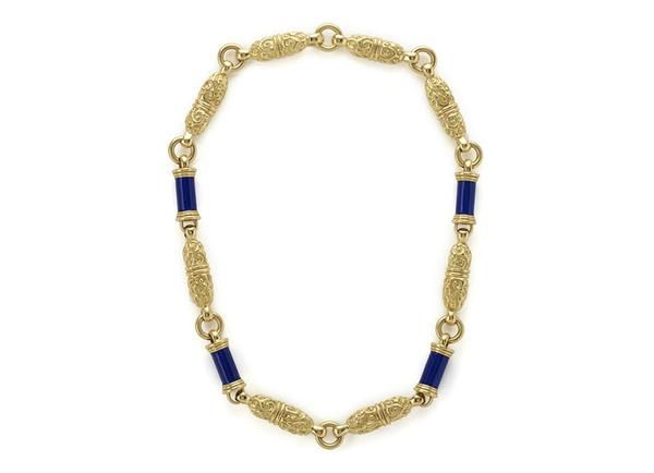 A fabulous 18ct yellow gold necklace comprising of eight wonderful molten gold links interspersed with four gold tubes decorated with a lovely blue enamel #redwhiteandblue #independenceday