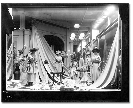 25 Best Images About VINTAGE SHOP WINDOW DISPLAYS On