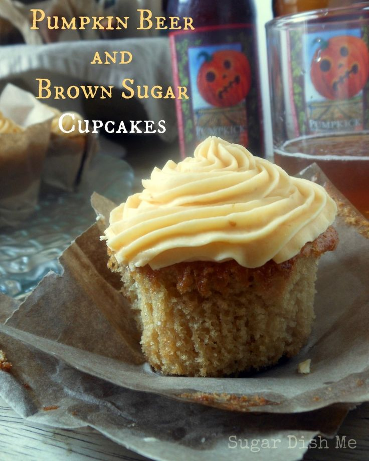 Pumpkin Beer and Brown Sugar Cupcakes - Sugar Dish Me. This sounds absolutely amazing! Make my mouth water!