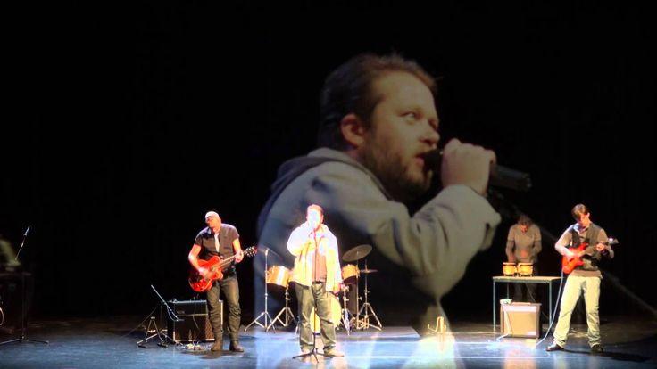 BinG (Bemoeizorg in Groningen) wil naast gesprekken ook op een andere manier contact leggen met patiënten, dit doen zij bijvoorbeeld in de muziekgroep: BinG band Louis and The Blockshifters. Patiënten geven aan dat de wekelijkse repetitie iets is om naar uit te kijken en krijgen meer zelfvertrouwen.