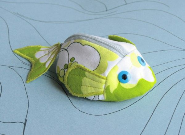 fish purse tutorial - I love this fish but the tutorial is in German!