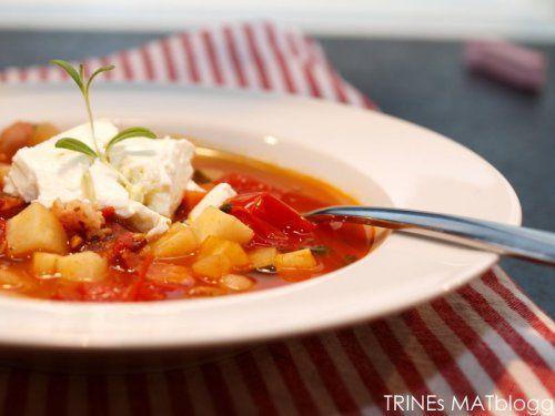 » Grønnsakssuppe med bønner og feta