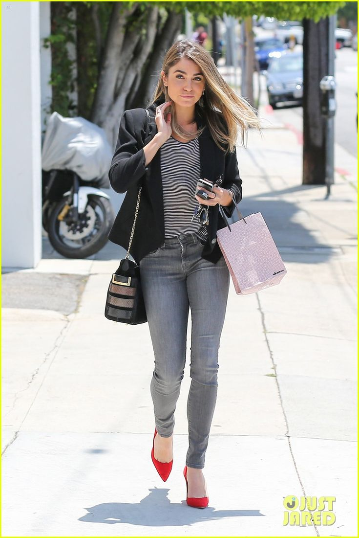 The wind whisks Nikki Reed's hair up and around as she leaves the Andy LeCompte Salon on Friday afternoon (May 23) in West Hollywood, Calif.