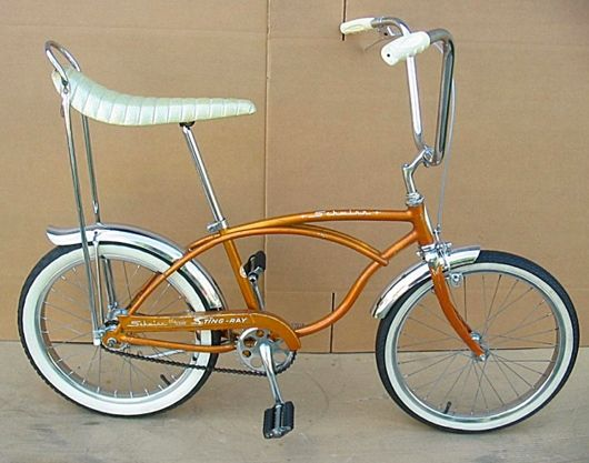 Yep, had me a banana bike. I remember going over those handle bars at least one time. (Schwinn Sting-Ray) (Mine was sparkly red... but with the whitewalls!)