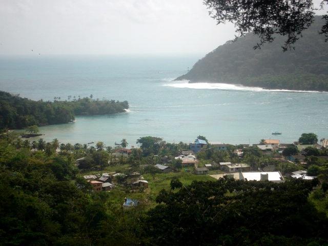 Bahia de Sapzurro - Vista desde el paso de frontera con la republica de Panamá