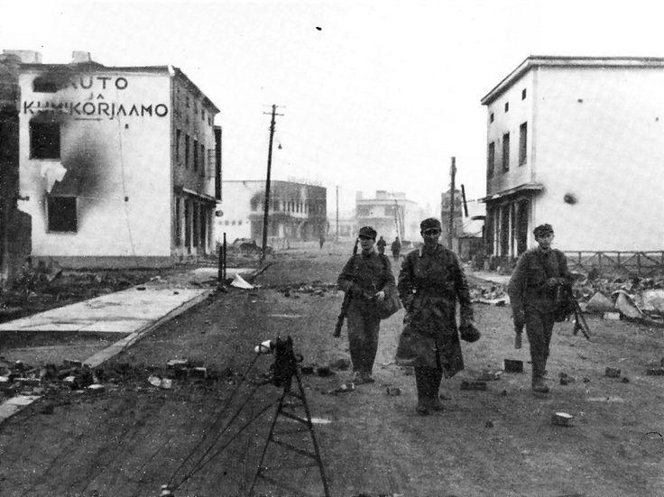 Rovaniemen valtaus tapahtui toisen maailmansodan aikaan Lapin sodassa 16. lokakuuta 1944 suomalaisjoukkojen edetessä Rovaniemen kauppalaan, josta peräytyvät saksalaisjoukot olivat vetäytyneet pohjoiseen.