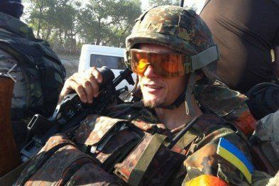 Гэрои нэ вмырають!.  ″Герои не умирают″, этот популярный сегодня на Украине слоган Тернопольские военные комиссары, по всей видимости, понимают буквально. Карателю Андрею Юркевичу, который почти год назад погиб в зоне так называемой АТО, они прислали повес�