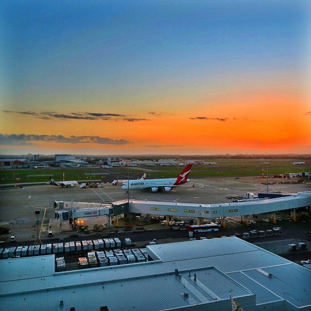Sydney Airport Rydges Hotel. Waking up early, opening your Hotel room curtains and seeing the QF8 from DFW taxing to the gate. What a magical morning. @abbeysadventure