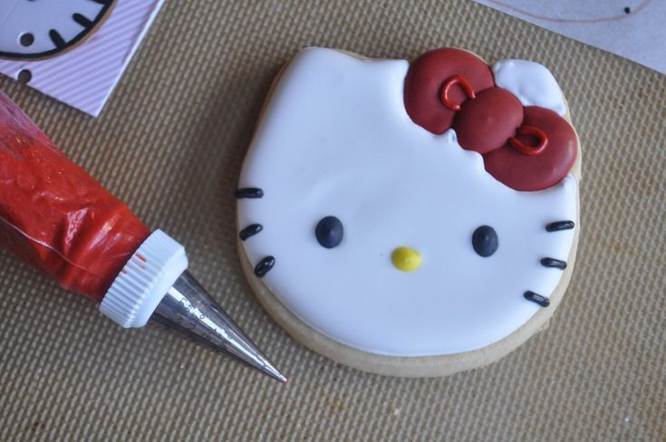 how to make hello kitty sugar cookies - step by step
