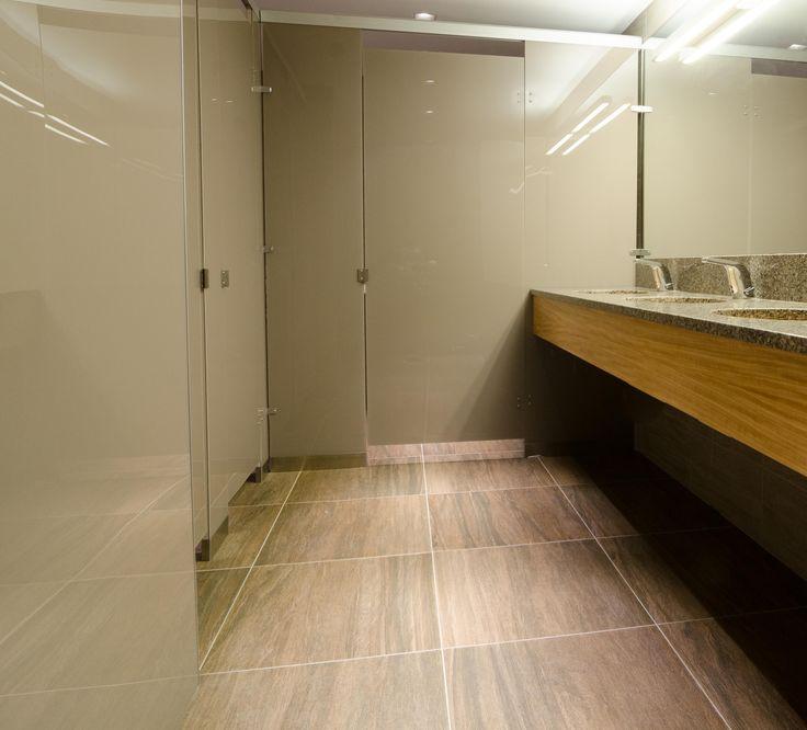 Ironwood Manufacturing Oversized Laminate Toilet Partitions And Bathroom Doors With Zenolite Beautiful Elegant Public