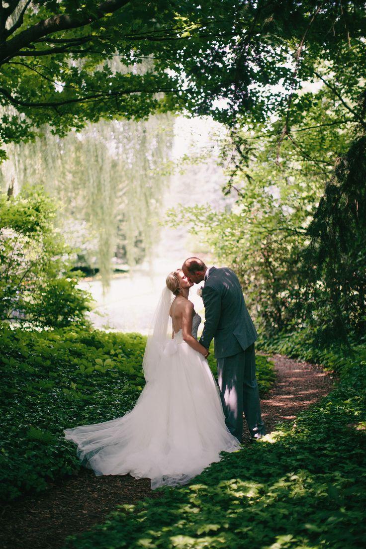 Dow gardens midland mi weddings photo by blaine for Beautiful gardens to get married in