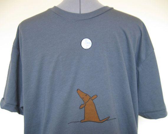 Unisexe T Shirt chien et la lune en asphalte tailles XS à travers XXLarge