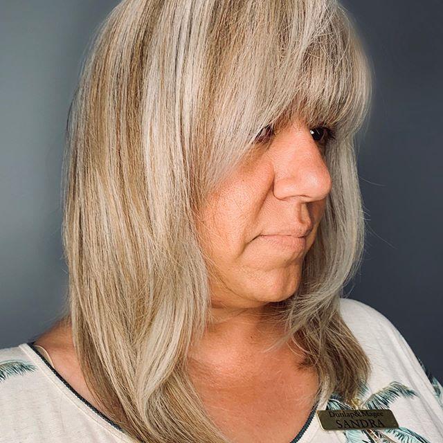 22 Junger Machende Frisuren Fur Dunnes Haar Ab 50 In 2020 Frisuren Mittellanges Haar Ab 50 Haare Ab Frisuren Dunnes Haar