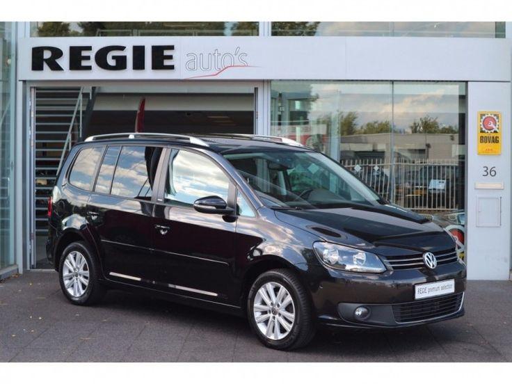 Volkswagen Touran  Description: Volkswagen Touran 1.2 TSI Highline Style Navi Schuifdak  Price: 245.81  Meer informatie