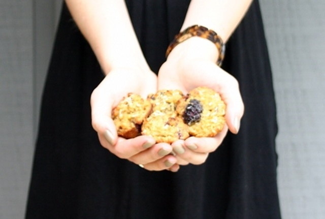 Blackberry Coconut Crumble Muffins | Healthy Recipes | Pinterest
