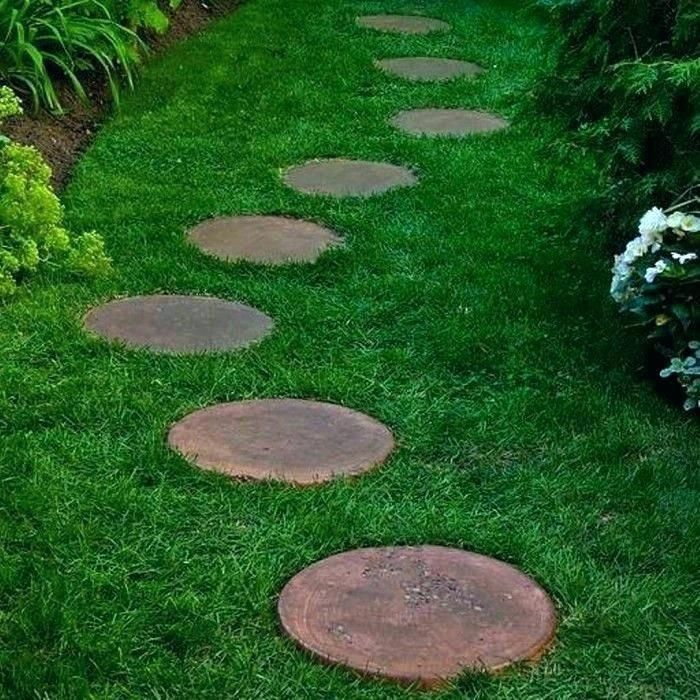 This Walkway Stepping Stones Is Absolutely An Exceptional Style Construct Walk Absolu In 2020 Garden Stepping Stones Stepping Stones Diy Garden Pathway