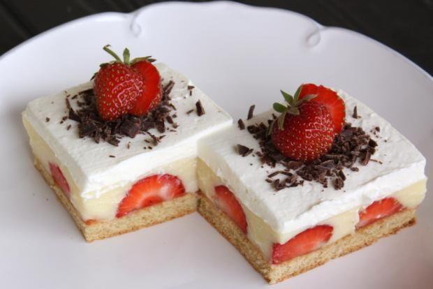 Jahodový zákusok |   Recept s foto postupom na božský koláčik s jahodami. Opäť vrámci hesla, rýchlo a hlavne jednoducho.