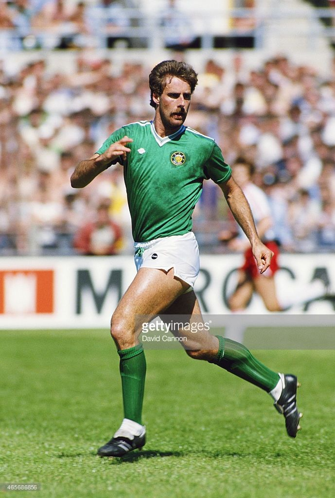 republic-of-ireland-defender-mick-mccarthy-in-action-during-a-world-picture-id465686856 (689×1024)