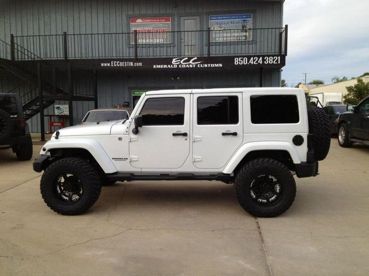 "White 2012 Jeep Wrangler Sahara Altitude Edition with Moto Metal Wheels, 35"" Nitto Trail Grappler tires and Teraflex Suspension Lift Kit, HID Conversion Head & Fog Lights www.eccdestin.com"