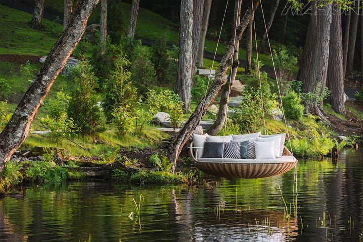 Divano letto da giardino terrazzo idee design originali rattan legno teak acciaio modelli moderni classici copertura foto idee arredo divani letto originali