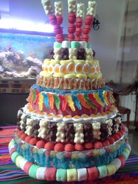 Gateau en bonbon pour loane et lorette 5 ans g teau de bonbons pinterest bonbon - Gateau en bonbon ...