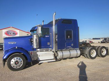 ► 2001 Kenworth W900 Conventional W/ Aerocab Double Bunk Sleeper  ► LINK: http://www.truckcs.com/Available-Trucks-(1)/All-Trucks-for-Sale/1R878557.aspx