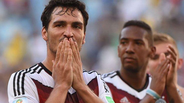 München - Zum Spieler des Spiels wurde Thomas Müller gekürt, doch die heimlichen Helden beim 3:0-Erfolg des DFB-Teams gegen Tschechien waren zwei andere Stars des FC Bayern.