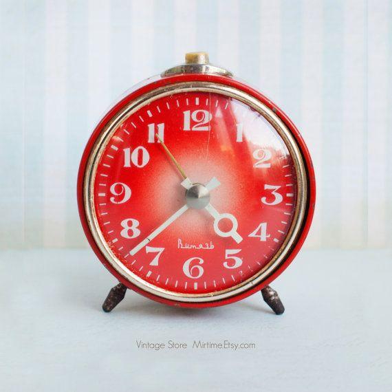 Vintage Rare Alarm Clock - Soviet Mechanical Alarm Clock Vityaz - Home Decor - Vintage Decor - Soviet Union USSR - Red
