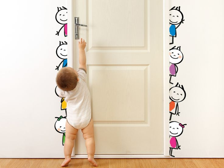 Vinilo Infantil Dibujos 001 Nenes Puerta. Precios y Medidas en http://www.vinilosinbox.com