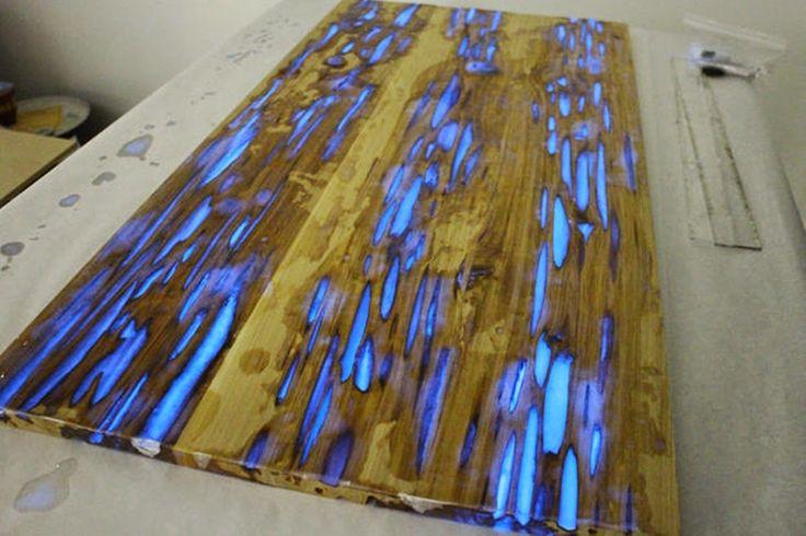 MENTŐÖTLET - kreáció, újrahasznosítás: Foszforeszkáló öntőgyantával javított fafelület
