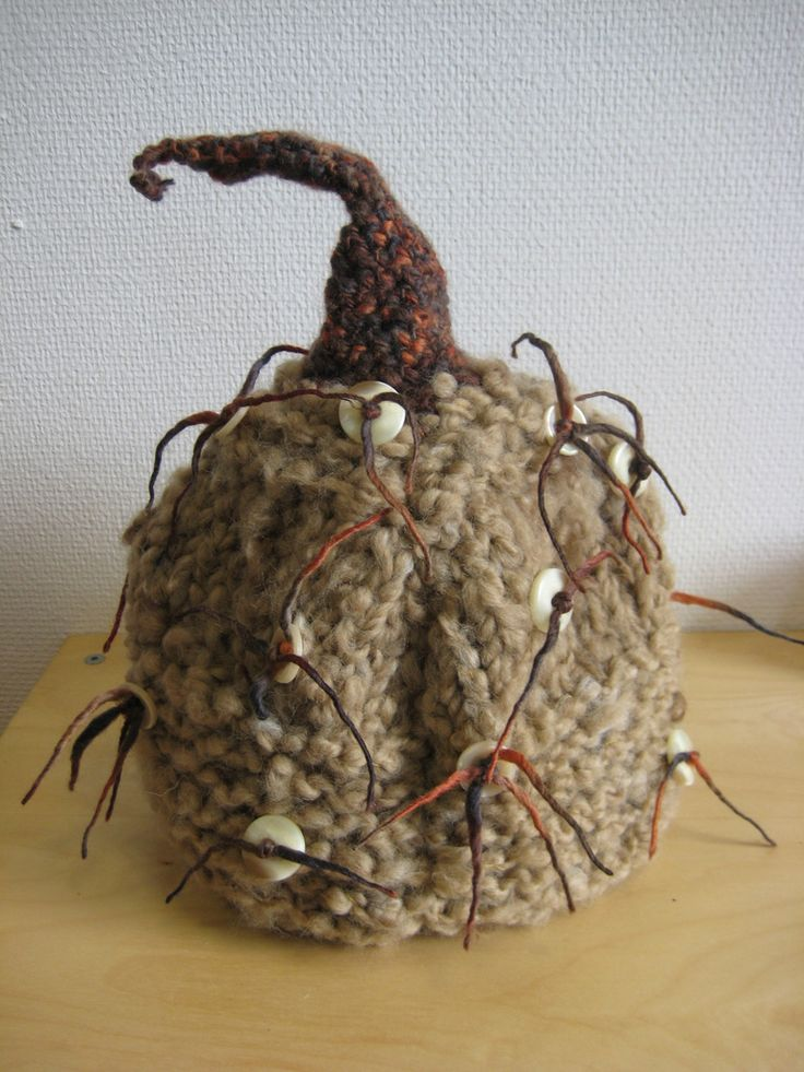 Tea cozy   by Marion Nathalie