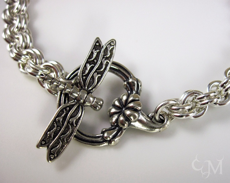 Bracelet with Dragonfly toggle..