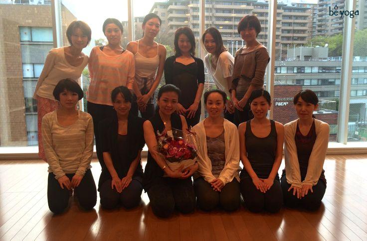 上級最終試験終了!最後まで一生懸命よくがんばりました。  #ヨガ #インストラクター #養成 #卒業 #おめでとう #東京  当スタジオの上級トレーニング詳細はこちら: http://www.beyogajapan.com/?p=103  ~~~~~~~~~~~~~~~~~~~~~~~~  Final exam for the advanced teacher training course (ATT) is over! Everybody worked hard until the end.  #yoga #instructor #training #graduation #congratulations #Tokyo #Japan  Learn more about our ATT: http://www.beyogajapan.com/?p=2873