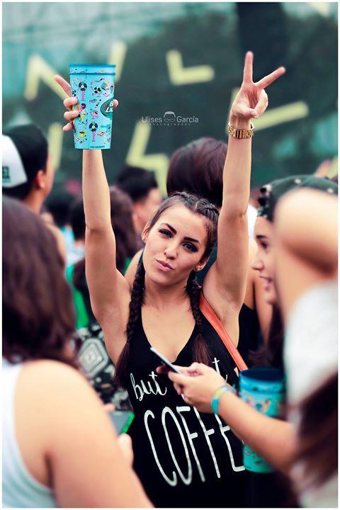 Aquí les dejo un hermoso recuerdo del Hellow Festival edición 2016 en PARQUE FUNDIDORA Sitio Oficial  fotografia: Ulisesgarciafotografia  #concert #concierto #festifal #musica #reven #girl #fiesta #hellow #helloefestival #friends #bff #fotografia #concierto #fotografo #fotografia