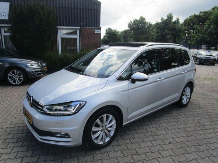 Volkswagen Touran  Description: Volkswagen Touran 2.0 TDI SCR HIGHLINE  Price: 493.31  Meer informatie