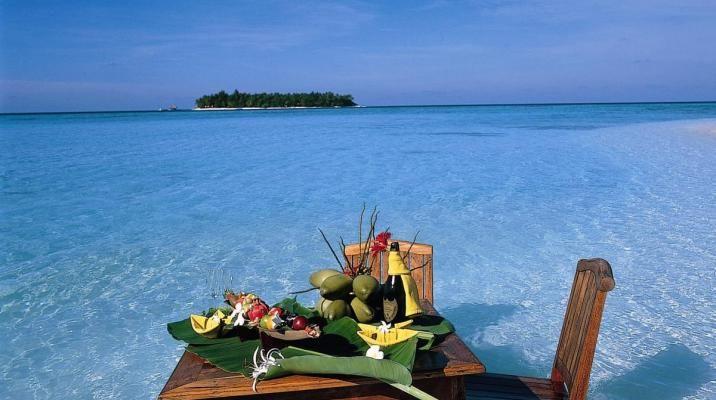 Middag på sandbanke ved Angsana Ihuru, Maldiverne