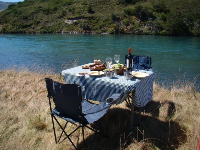 Lunch next to the Serrano River   www.awasipatagonia.com  Photos by Awasi Patagonia guide, Macarena Zapata.