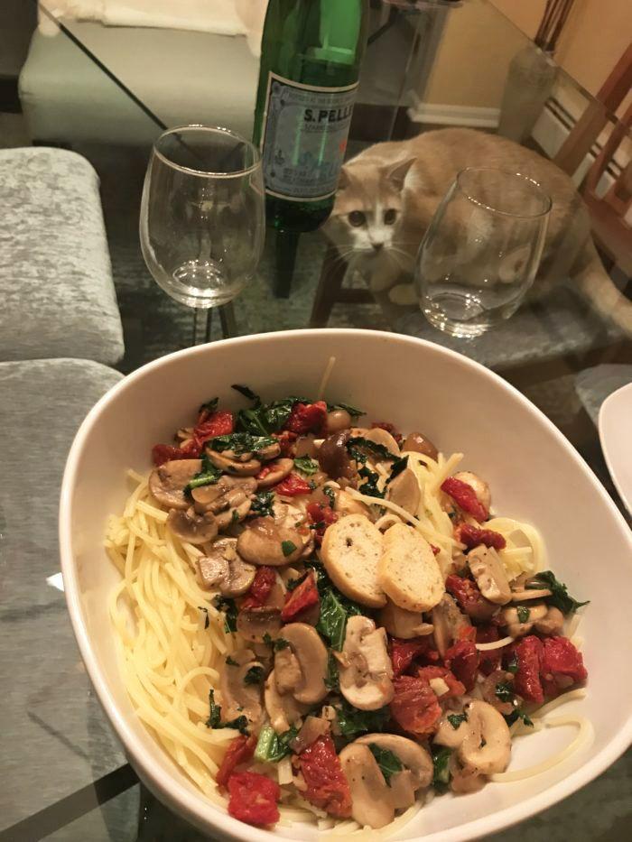 How To Create The Coziest Italian Date Night In Delizioso