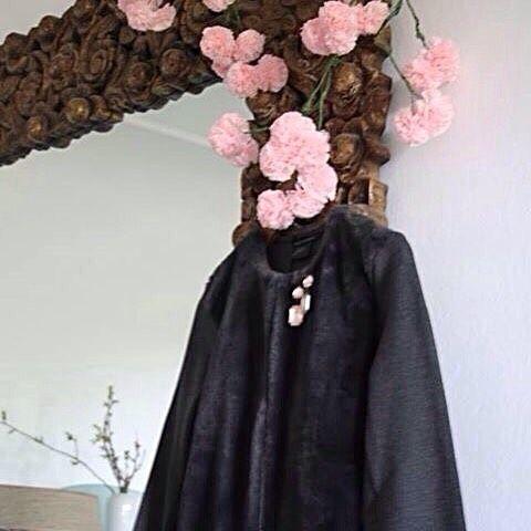 5cm pompomky (kytičky) v barvě RŮŽE jako součást dekorace butiku #visualmerchandising #butik #obchod #obchodnicentrum #deti #wedding #kosmetika #beauty #moda #fashion #prague #svatba #interier #ruze #ruzova info@pompomtime.cz 💻http://pompomtime.cz/cs/produkty/143-ruze-pom-pom-mini-5cm🍧