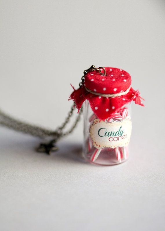 Candy Cane Bottle Pendant / Candy cane necklace / by Ilianne #xmas #christmas #food #christmas #decoration #gift #diy #gingerbread #cookies #baking #miniature #dollhouse