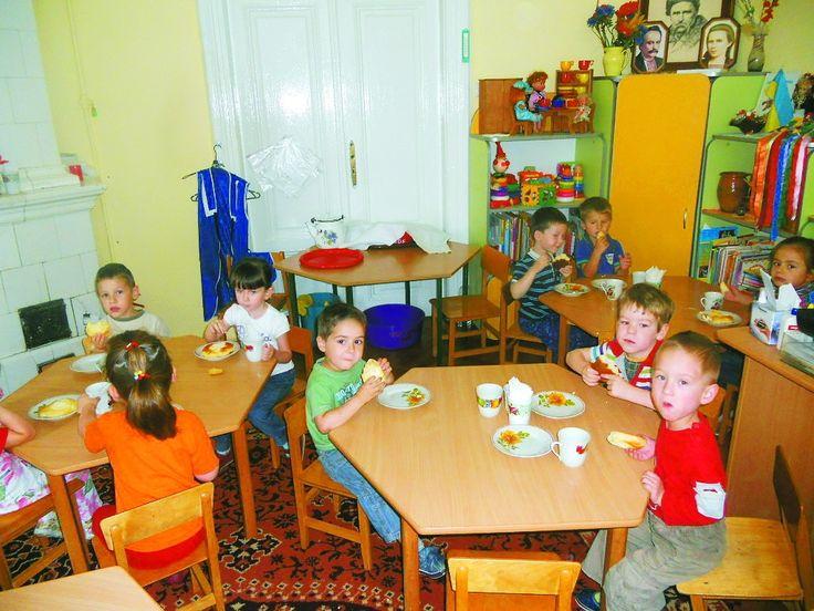 Булочка і компот «винесуть» кишені. У садочках батьки покриватимуть 60% вартості харчування, тоді як ще донедавна оплачували половину #WZ #Львів #Lviv #Новини #Життя  #дитячий_садок