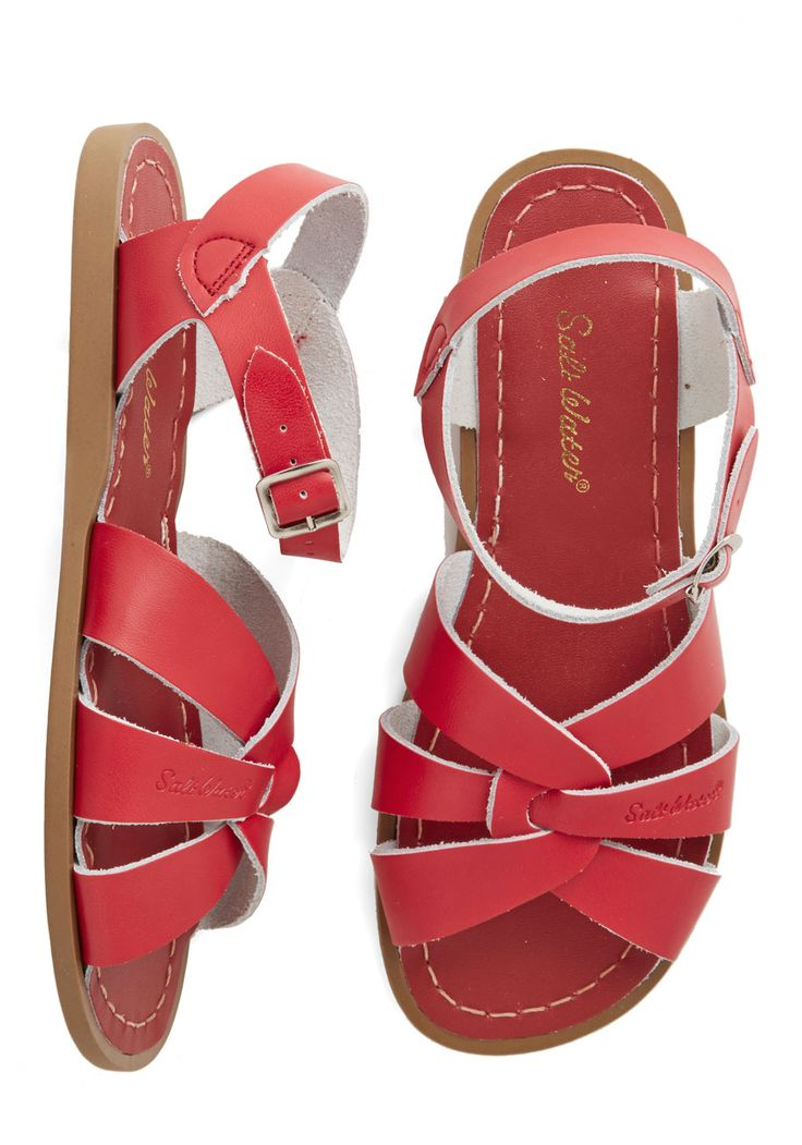 Salt Water Outer Bank on It Sandal in Red. A sunny reception from your friends is a shore thing when you come dancing across the dunes in thesestunning shoes by Salt Water Sandals! #red #modcloth