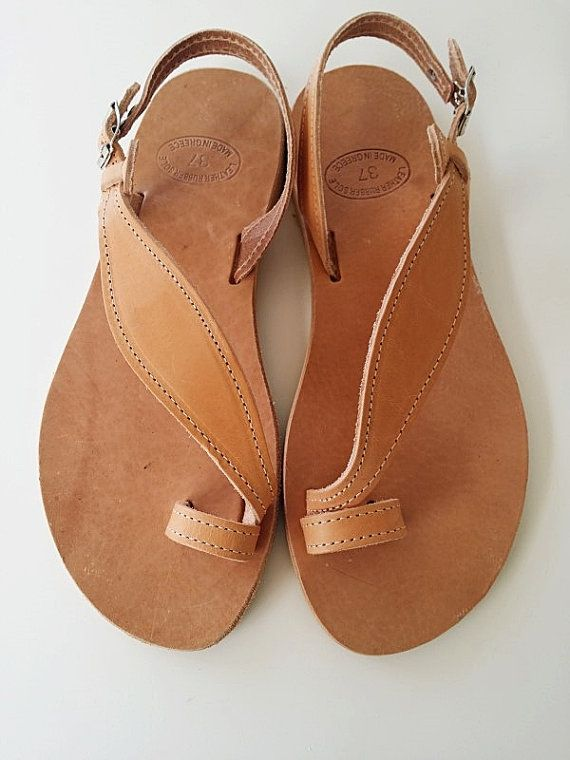 Leather sandalsToering Sandal Flat Sandals Greek by Leatherhood, €32.69