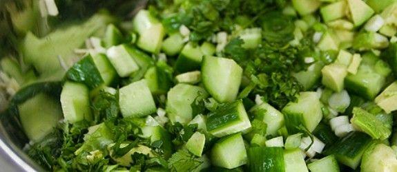 Lækker sommersalat opskrift – nem dressing og lækker salat til sommeren ligesom fransk bistro | Stjerneskud opskrifter