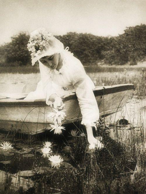Wasserlilien, 1894 by Rudolph Eickemeyer